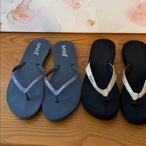 2 pair of Reef flip flops size 9